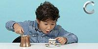 Дети из США пробуют кофе разных народов мира