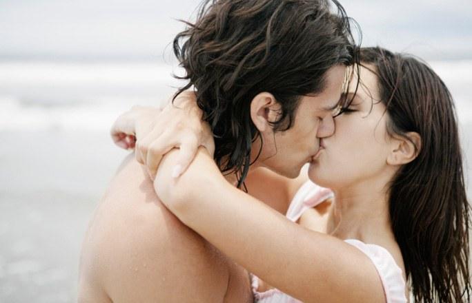 Два девка поцелует нежно фото 256-517