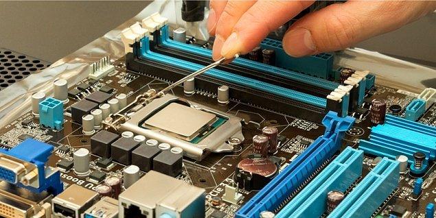 Aldığınız ürün donanımsal olarak iyi olabilir. Fakat ürünün yazılımı donanımı kadar iyi olmayabilir.