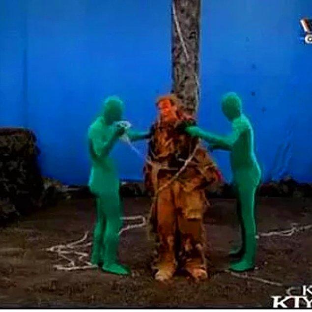 13. Cehennem sahnelerinde özel efekt koymayı unuturlardı.