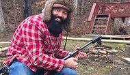 Парень превратил ружье в гитару