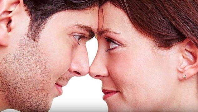 7. Göz bebekleriniz duygularınızı gösterebilir. Sevdiğiniz bir insanı gördüğünüzde sinir sisteminiz etkilenir ve göz bebekleriniz büyür.