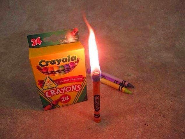 7. Acil durumlarda pastel boyalar, 30 dakika boyunca yanabilir.