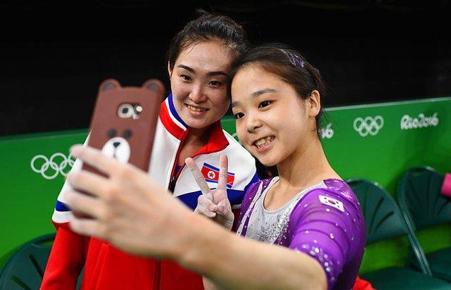 17. Ve Koreli atletler arasında dostluk kazandı.