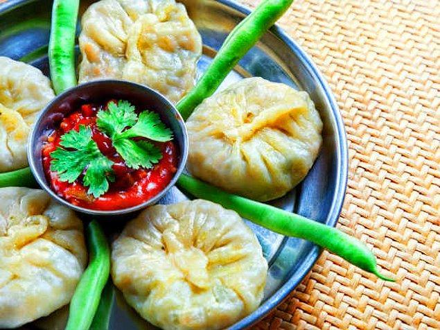 14. Nepal'in sosa banmalık mantısı: Momo!
