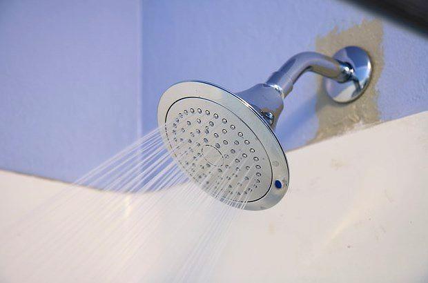 И последнее: душ, который никак нельзя регулировать!