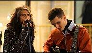 Стивен Тайлер из «Aerosmith» поет дуэтом с обычным уличным музыкантом