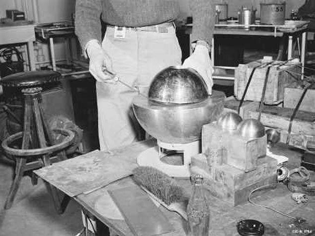 """В секретной лаборатории в Нью-Мексико """"Omega Site"""" ученые погибли из-за смертельный дозы радиации от плутониевой бомбы"""