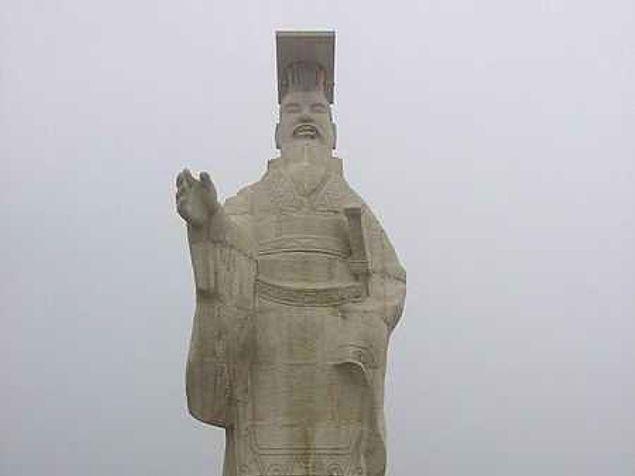 """Канцлер при династии Цин придумал метод казни с помощью """"5 наказаний"""", спустя годы он был казнен этим же способом"""