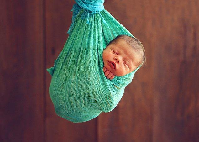 Sezaryen sayesinde dar doğum kanalına neden olan genler artık anneden çocuğa geçebiliyor.