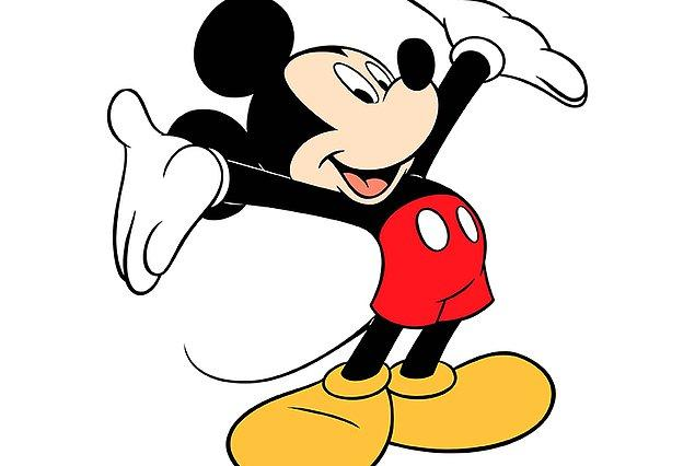 2. Mickey Mouse'un pantolon askısı vardı di mi? Çoğu insan bundan oldukça emin ve bu sevimli fareyi askıyla hatırlıyor ama aslında Mickey Mouse'un bir askısı yok.