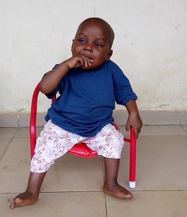 Сейчас Хоуп полностью здоров и совсем не похож на того бедного ребенка, каким он был найден