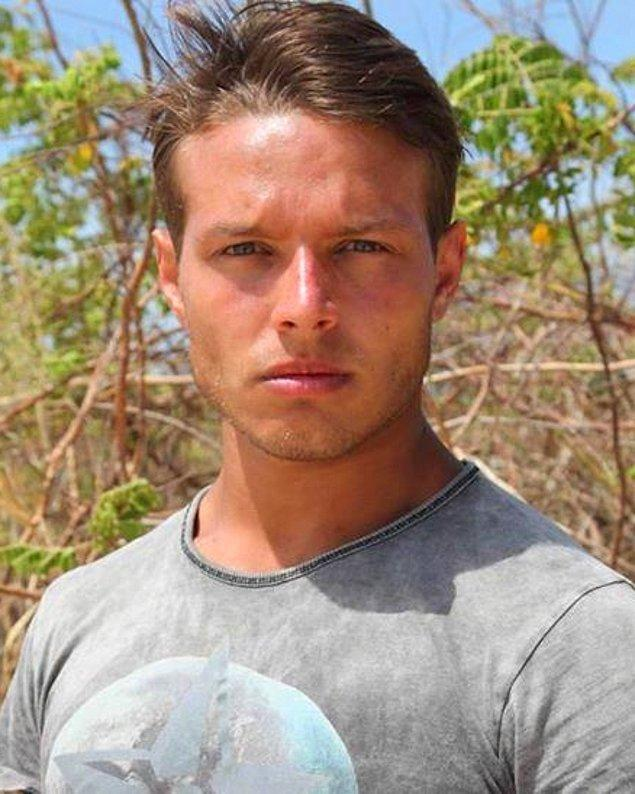 11. Ashley Stubbs (Luke Hemsworth) - Murat Ceylan