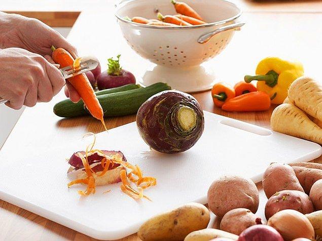 14. Sebzelerinizi soymayı kolaylaştırır.