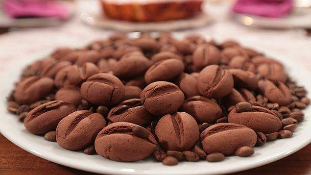 6. Türk Kahvelerinin yanına koyulası bir tarif