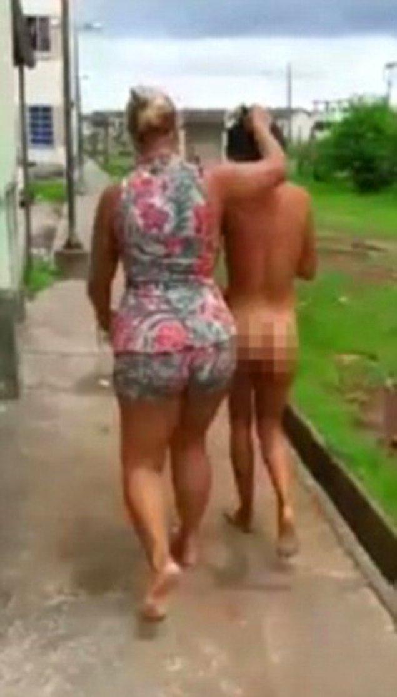 İsmi verilmeyen eş, kocasını yatakta başka bir kadınla yakaladığı eve kadar takip etti.