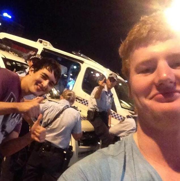 An Australian cop