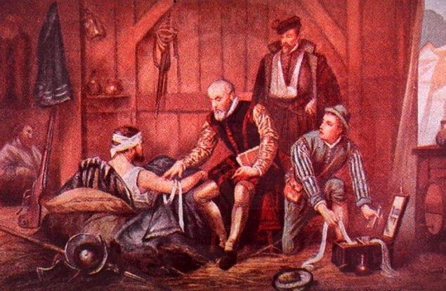 Böylece berberler, parası olmayan halk için doktorluk yapmaya başlamıştır.