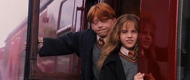 С момента выхода первой части Гарри Поттера прошло 16 лет.