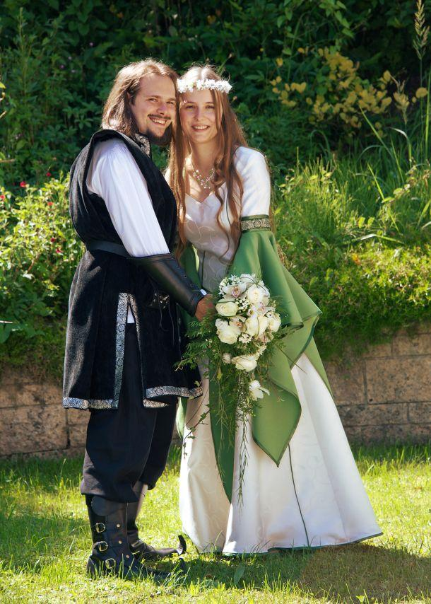 medieval wedding traditions - 610×854