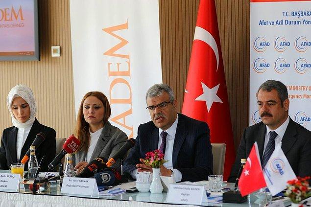 Başbakan Yardımcısı Veysi Kaynak ise 16 Nisan'daki referandum öncesinde Suriyelilere vatandaşlık verilmeyeceğini söyledi.