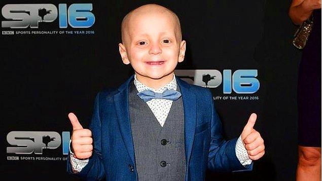 Bradley, İskoçya'daki bir hastanede, tömörünün küçültülmesi için tedavi görüyordu.