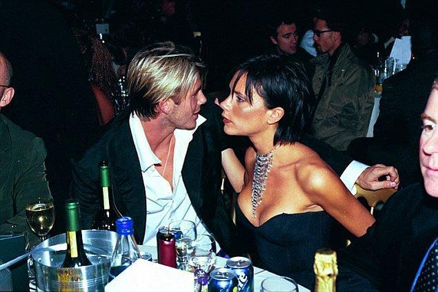 2. Victoria o dönemde Spice Girls ile zaten meşhurdu fakat David Beckham'ın ünlü Manchester United kariyeri henüz başlamamıştı.