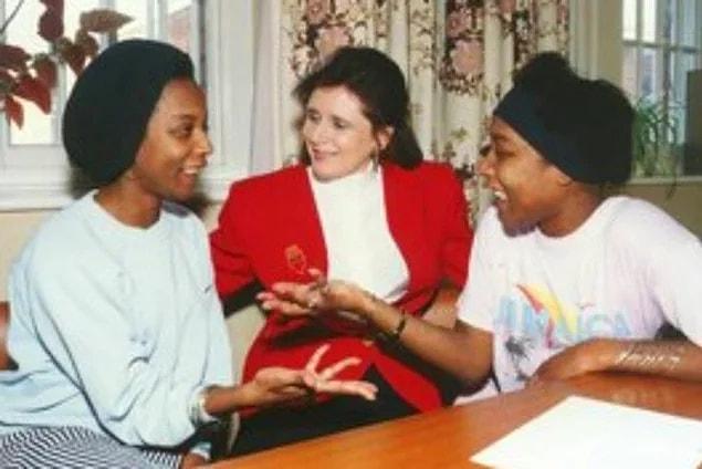 """Известные как """"Безмолвные близнецы"""", сестры Гиббонс разработали секретный язык, который отличал их от друзей, семьи, учителей и одноклассников"""