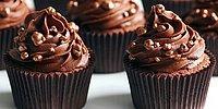 Вкуснее не придумаешь: 7 рецептов из шоколада и бисквита