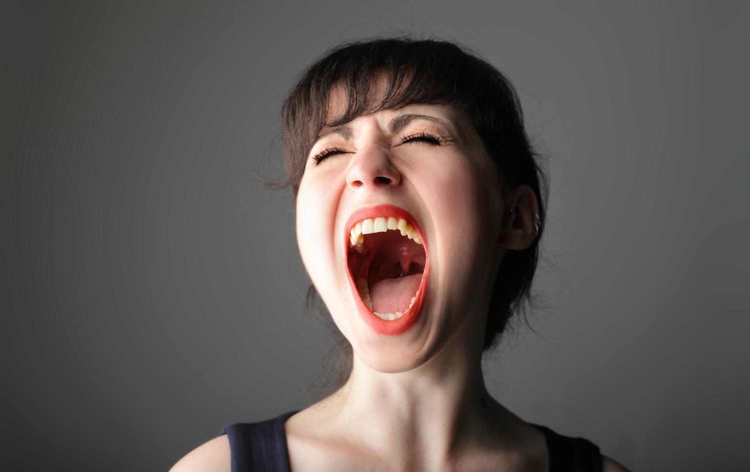 человеческие картинка широко раскрытого рта что