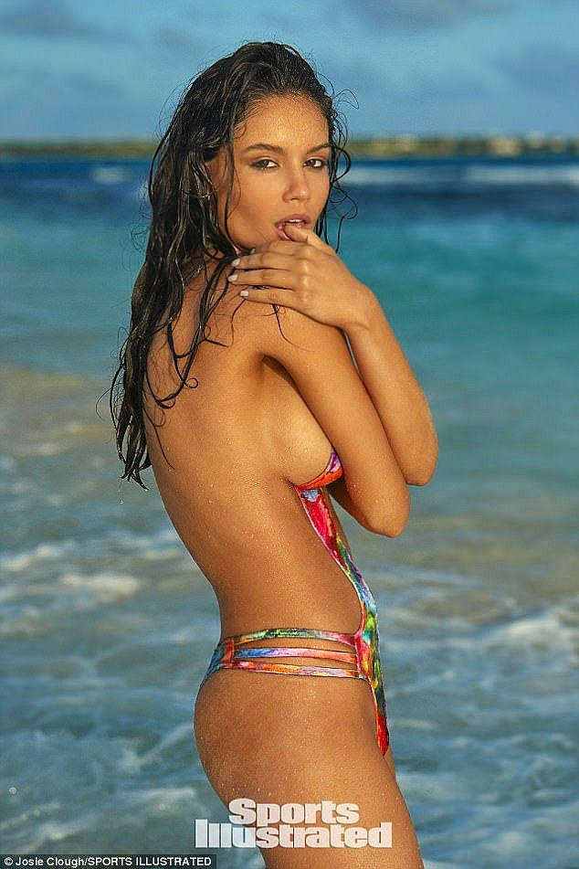 Brazilian Model Stars In Sports Illustrated S Swimsuit Issue With Nothing But Body Paint On Onedio Co