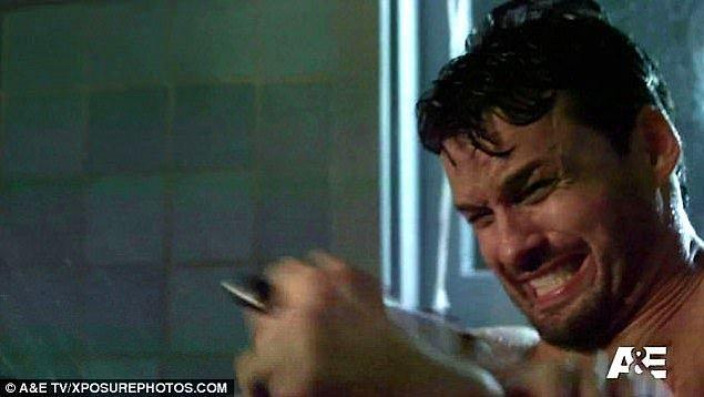 Çünkü katil Norman, beklediğimiz üzere Marion'u değil...