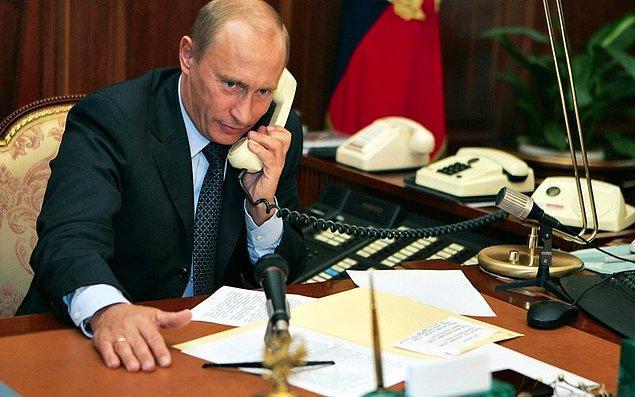 2. Rusya büyükelçiliği ise ABD medyasında Rusya'ya yönelik yapılan haberleri ti'ye almak için tuhaf bir şaka yapmayı seçti.