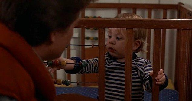 6. Doğru cevap! Marty'nin ilk filmde bebeklik haliyle karşılaştığı, hapishane kuşu lakaplı dayısının adı neydi?