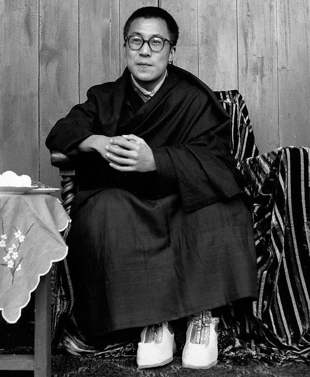 14-й Далай-лама в юности.