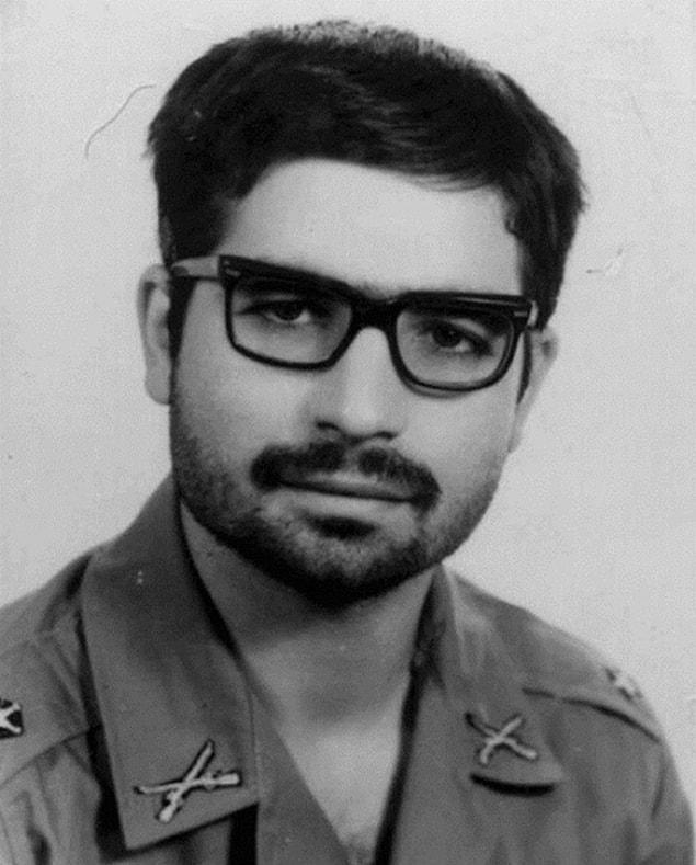 Президент Ирана Хасан Рухани в начале 70-х годов во время военной службы.