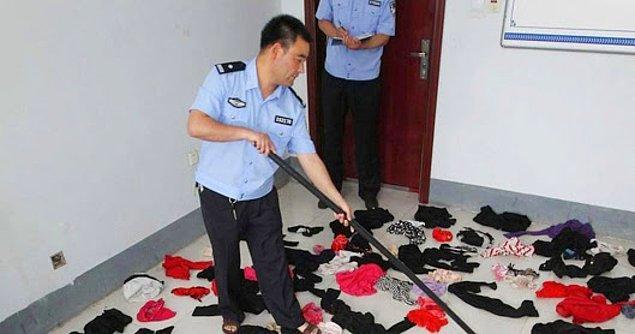 Jiangxi bölgesindeki Jiujiang şehrinde 12 Nisan günü tutuklanan adamın yalnızca soyismi açıklandı.
