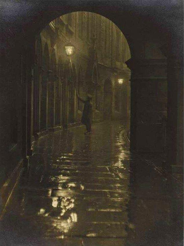 19. Sokak lambası yakıcısı, Edinburgh, 1928