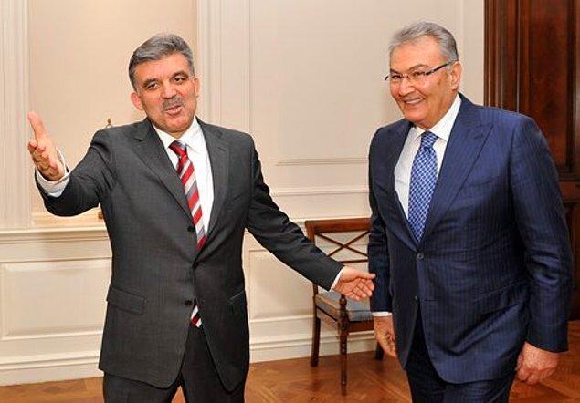 """""""Abdullah Gül, Deniz Baykal ile görüştü"""""""