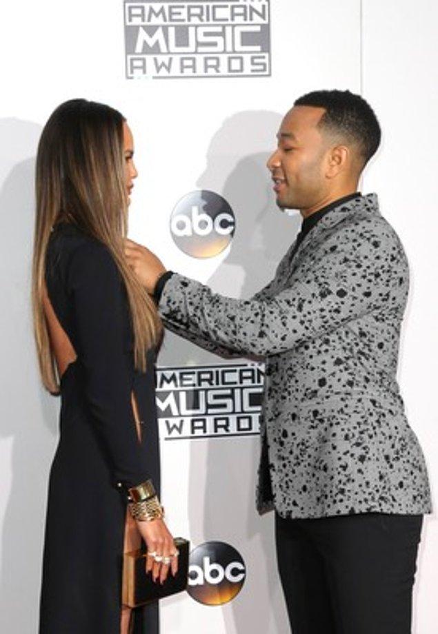 12. John Legend ve Chrissy Teigen