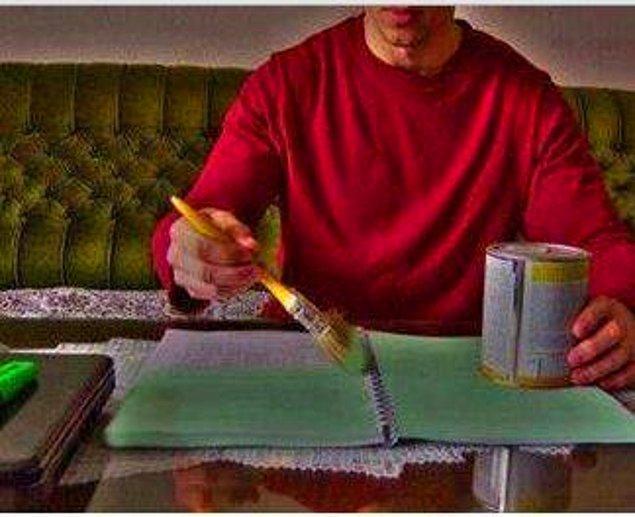 3. Önemli yerlerin altını çizmek isterken tüm kitabı çizersiniz.