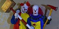 """Клоуны-""""убийцы"""" вышли троллить людей на улицы... И, похоже, что они зашли слишком далеко!!"""