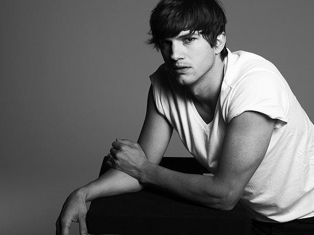 1. Ashton Kutcher, ilk seksinde pek çok erkeğin başına gelen bir talihsizlik yaşamış.