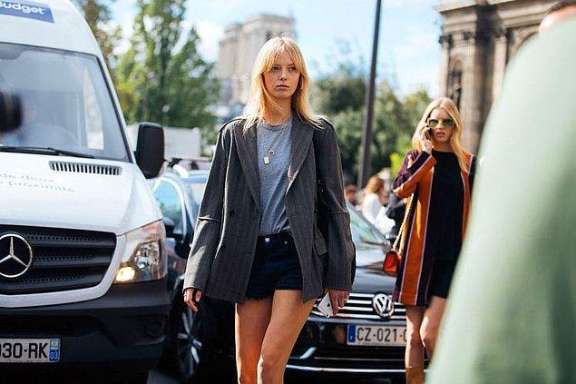Danimarkalı model Ulrikke Hoyer, geçtiğimiz haftalarda Kyoto'da düzenlenecek bir Louis Vuitton defilesi işinin nasıl iptal edildiğini sosyal medya üzerinden anlattı.