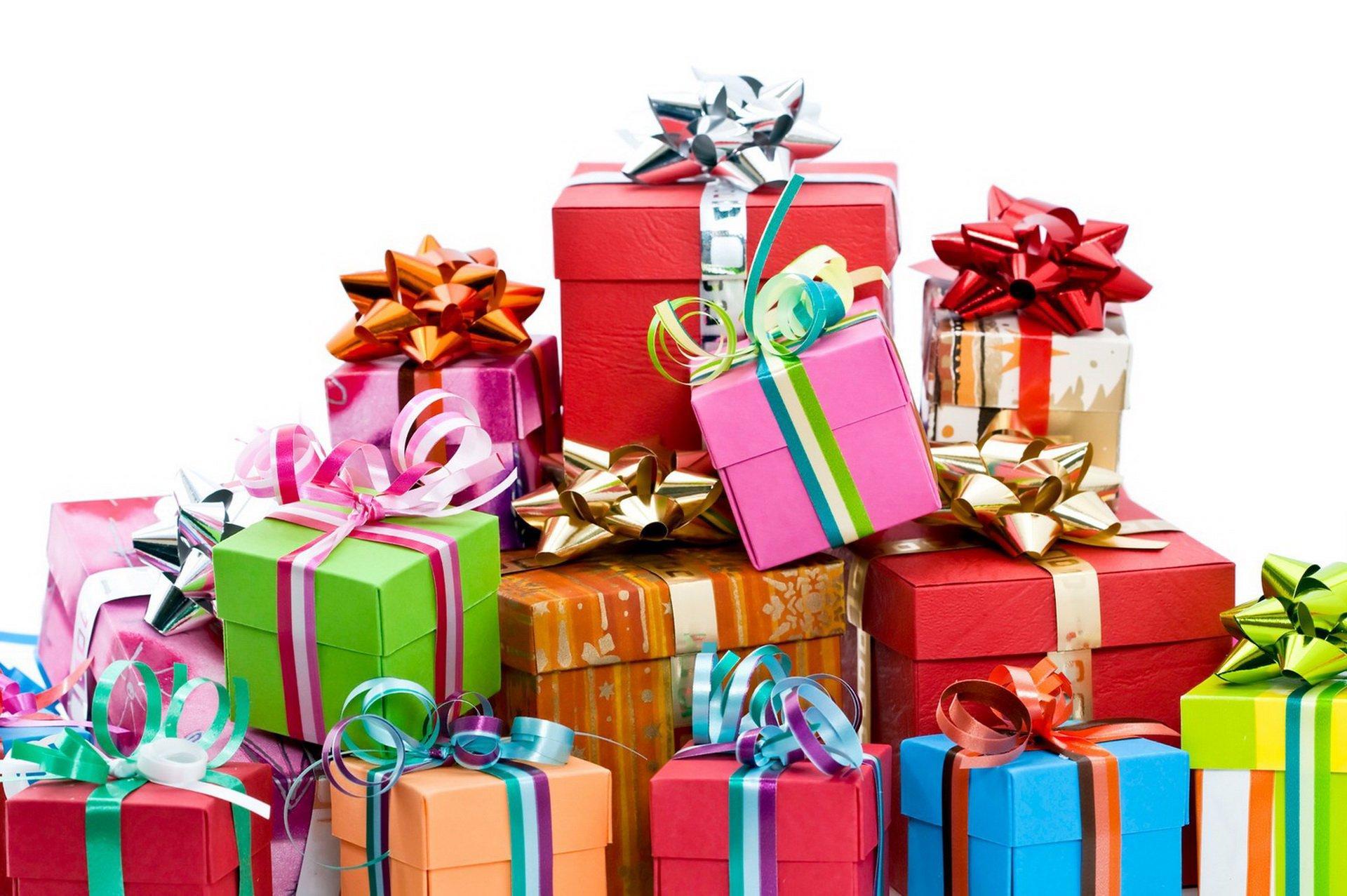 Новогодний подарок на день рождения