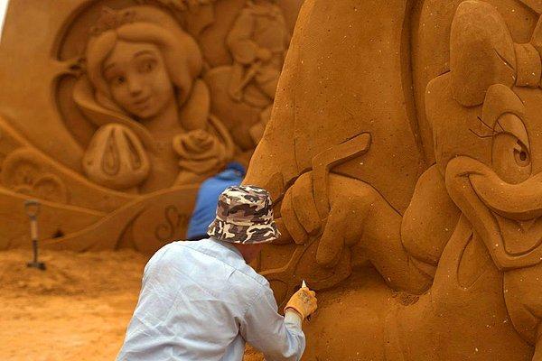 """Удивительные скульптуры из песка, посвященные героям Disney, Marvel Pixar и """"Звёздных войн"""""""
