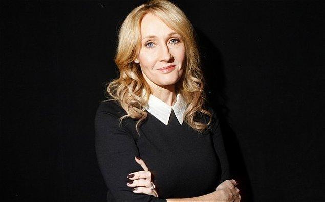 Bu fantastik dünyanın mimarı yazar JK Rowling ise sıcak bir tweet paylaştı ☺️