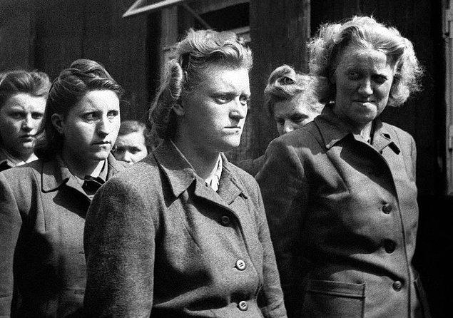 20. Bergen-Belsen'in Canavarları: Kadın SS muhafızları, 21 Nisan 1945