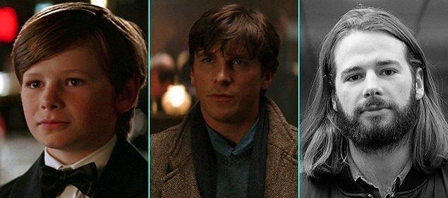 4. Batman Başlıyor (2005)   Gus Lewis - Christian Bale - Gus Lewis (Günümüz)