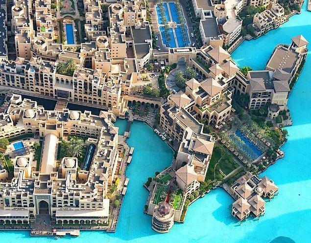 33. Dubai, Burj Kalifa'nın 124. katından çekilmiş bir kare